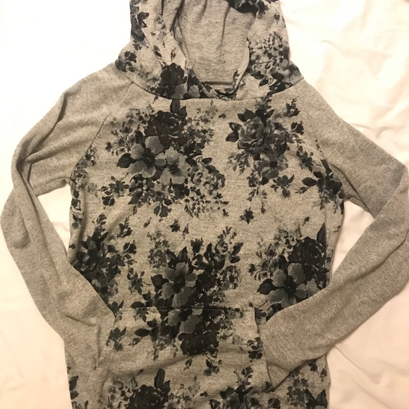 Xhilaration Tops - Gray floral hoodie